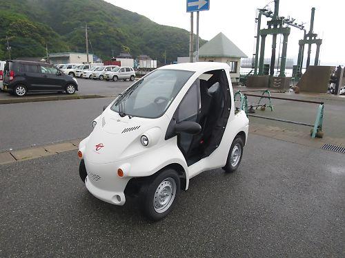 奈留島のトヨタ・コムス