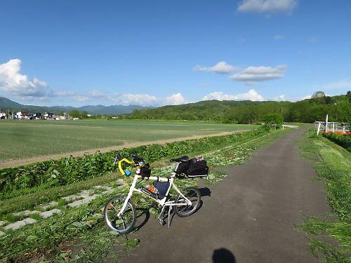 国道452号シューパロ湖越え by DAHON DASH X20