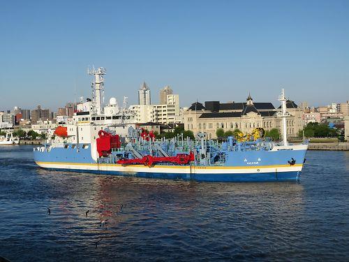 浚渫船「白山」