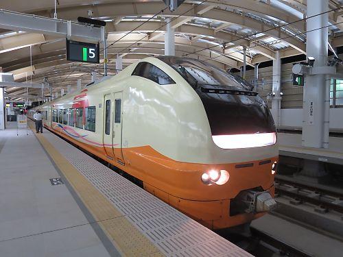 快速らくらくトレイン村上(新潟駅)