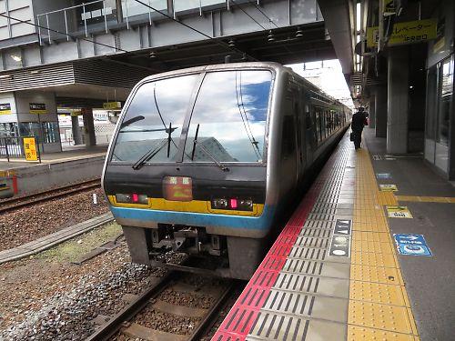 JR四国の長距離特急「南風13号」に乗ってみる